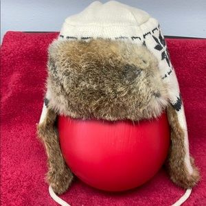 CROWN CAP Unisex Wool knit with Rabbit fur trim